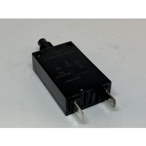 Circuit breaker -8938