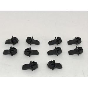 131. Plug plastic snappers