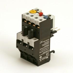004aB. Overstrømsrelé ZB 12-12