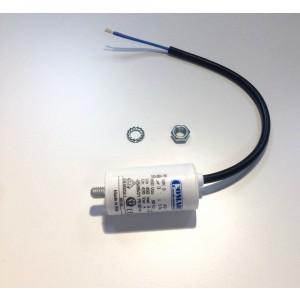 072. Kondensator 3F
